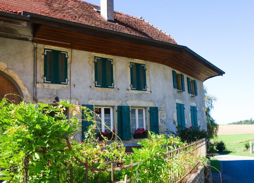 <p>Denezy - Jardin de rêve dans un cadre campagnard. à env. 30 min. de Lausanne</p>