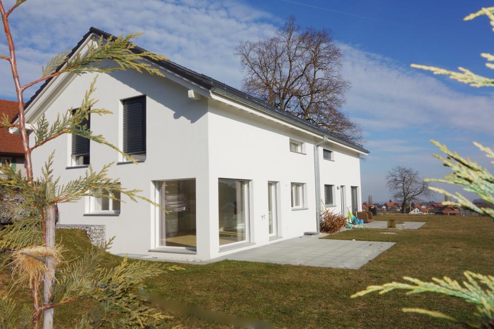 <p>Prévonloup - Devenez propriétaire d&#039;une maison 5,5 pièces avec jardin dès 1&#039;650.- mois</p>
